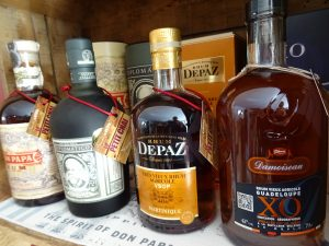 rhums le petit chai caviste la grande motte rhum damoiseau xo depas vsop diplomatico don papa reserva ron rum agricole