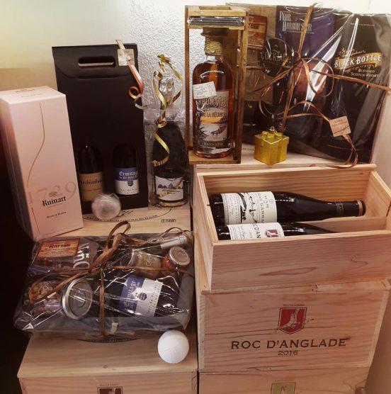 cadeau entreprise noel le petit chai caviste cave a vin la grande motte coffret panier client collaborateur prospect montpellier vin champagne rhum whisky