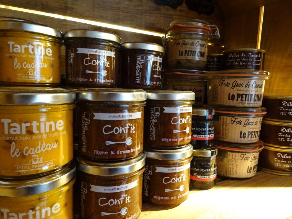 epicerie la grande motte caviste le petit chai cave vin confit foie gras