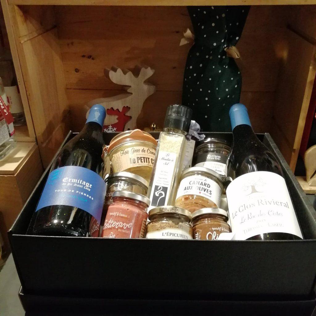 panier gourmand coffret cadeau caviste la grande motte le petit chai cave a vins noel